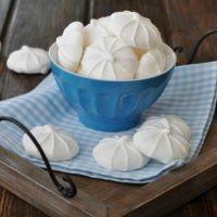 Light Airy Meringue Cookies